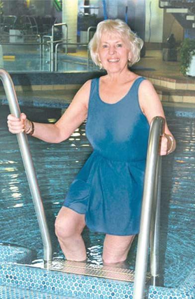 Suprima Damen Badeanzug sportlich