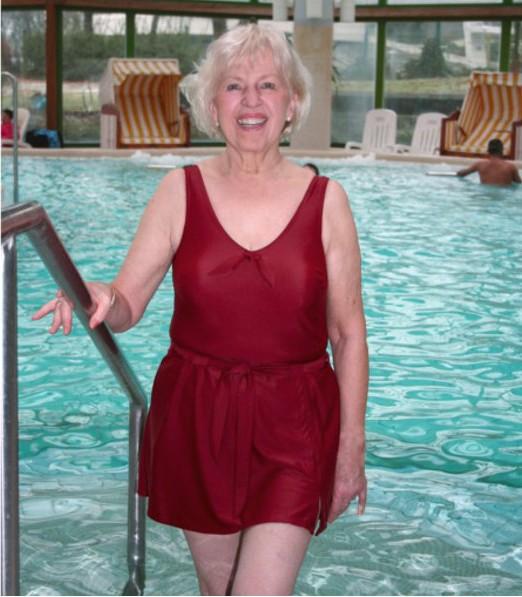Suprima Damen Badeanzug modisch